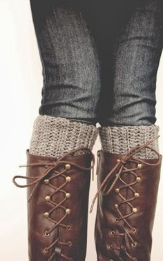 Free Boot Cuff Crochet pattern : )  I want these for Christmas sweet sister of mine!