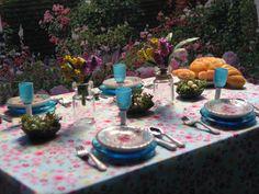 Spring table. $91.00, via Etsy.