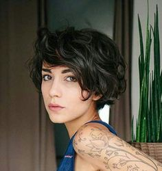 Short Pixie Wavy Haircuts with Side Apart Long Face Hairstyles, Short Pixie Haircuts, Pixie Hairstyles, Short Hairstyles For Women, Wedding Hairstyles, Curly Haircuts, Medium Hairstyles, Braided Hairstyles, Straight Haircuts