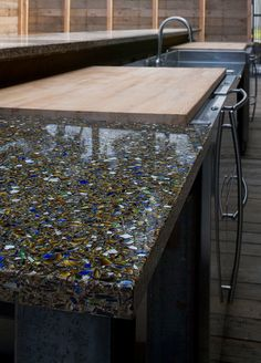 Vetrazzo Countertop & Eco-Friendly, Stunning Recycled Glass & Green Building Supply Source by schultzstacey The post Vetrazzo Countertop & Eco-Friendly, Stunning Recycled Glass appeared first on Ajwa Homes. Green Countertops, Recycled Glass Countertops, Kitchen Countertop Materials, Concrete Countertops, Kitchen Countertops, Crea Design, Beton Design, Design Tisch, Terrazzo