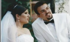 Pastor Saeed's 10th Wedding Anniversary Spent Behind Bars, But He Still Surprises His Wife