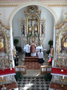 The beauty of the Latin Mass.
