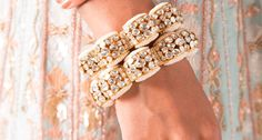 11 Beautiful Bangles & Kadas that Every Bride should Embrace Sunita Shekhawat, Boho Theme, Cocktail Gowns, Classic Gold, Diamond Bangle, Bangle Set, Bridal Looks, Indian Outfits, Lehenga