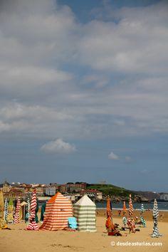 San Lorenzo beach. Playa San Lorenzo #Gijón #Asturias#España #Spain Playas Asturias [Más info] http://www.desdeasturias.com/playa-de-san-lorenzo-gijon/