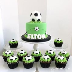 کیک اولین تولد دونفره پس از نامزدی را زیبا و خلاقانه انتخاب کنید | بزمینه Football Birthday Cake, Soccer Birthday Parties, Baby Birthday Cakes, Bolo Sporting, Football Cakes For Boys, Cake Designs For Boy, Soccer Cake, Soccer Cupcakes, Dad Cake