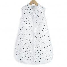 1362e8568033e Votre bébé sera au frais dans cette gigoteuse légère et confortable en  mousseline de coton!
