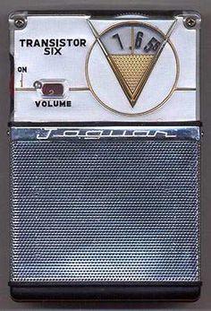 Jaguar 6T-250 shirtpocket transistor radio Jaguar, Pocket Radio, Retro Radios, Antique Radio, Transistor Radio, Record Players, Old Tv, Retro Design, Jukebox