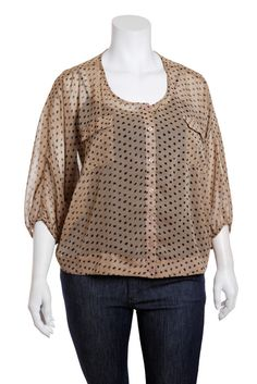 love this plus size top!