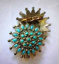 Vintage 1950s Sancrest Sunburst Flower Turquoise by bonitalouise