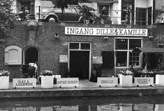 Dille & Kamille, first store in the early seventies in Utrecht, Netherlands Utrecht, Store Fronts, Nostalgia, Food News, Holland, Amsterdam, Dutch, Volkswagen, Porsche