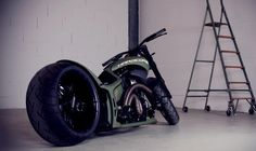 hot rod, muscle cars, rat rods and girls Harley Davidson Chopper, Love Car, China, Motorbikes, Cars Motorcycles, Muscle Cars, Hot Rods, Vehicles, Awesome