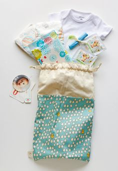 Emergency Diaper Bag Baby Chick and Egg Pale by WhoopsieKit
