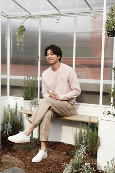 gong yoo epigram almost home gong ji cheol gong ji chul april 7 2017 korean actor rooftop   mykinggongyoo.tumblr.com