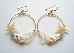 Beach Shell Hoop Earrings, Real Starfish Earrings, Boho Beach Hoops, Gold Filled by BellaAnelaJewelry on Etsy Seashell Jewelry, Sea Glass Jewelry, Beach Jewelry, Wire Jewelry, Jewelry Crafts, Jewelery, Handmade Jewelry, Feet Jewelry, Starfish Earrings