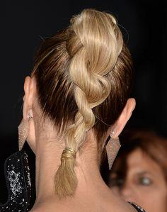 A trança de duas mechas   21 penteados de celebridades para quando você não quer lavar o cabelo