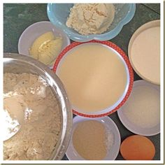 Creams and Milk Make These Buns Worth To Try –Hokkaido Soft Milk Buns and Hokkaido Dome - Guai Shu Shu Pork Floss, Milk Bun, Bread Maker Recipes, Cookie Dough, Bakery, Cream, Buns, Singapore, How To Make