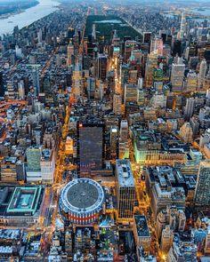 Ciudades del mundo Fotografía cortesía de @killianmoore #LaCuadraU #CiudadesDelMundo #NewYork #MadisonSquareGarden