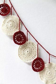 crochet christmas garland -- made me think of all your Christmas trees, Heather!