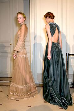 Backstage at Valentino Spring 2015 Couture-green