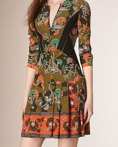 """10 curtidas, 1 comentários - Acquarius•lifestyle  (@acquariuslifestyle) no Instagram: """"#verde #antigo  #vestido #estampa #floral #burberry"""""""
