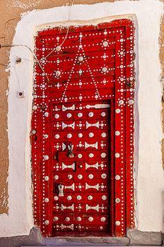 Wadi Dhar Yemen door | Phil Marion