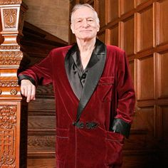 Hugh Hefner Dead at Playboy Founder and Publishing Legend Stoked the Sexual Revolution With Iconic Magazine Funny Love, Funny Kids, Hugh Hefner Dead, Marilyn Monroe, In Memorian, Funnt Memes, Playboy Logo, Tinkerbell, God