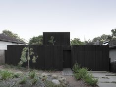 There's a Jungle Inside This Blackened Timber Home in Melbourne #dwell #modernaustralianhomes #modernarchitecture #moderndesign