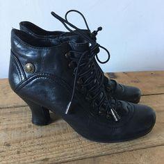 61f6f9eecfd3  shoes  ladiesfashion  winterfashion  winterboots  womensfashion   ladiesshoes Winterboots