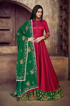 Indian Festival Wear - Designer Anarkali Suits - The Indian ethnic wears find a special place in the heart of a woman of Indian origin. Looking for trendy Indian ethnic wear? Silk Anarkali Suits, Long Anarkali, Anarkali Dress, Lehenga, Saree, Salwar Suits, Abaya Fashion, Indian Fashion, Women's Fashion