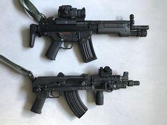 Which one is better? German Sig or 🇩🇪🇩🇪🇩🇪alemania&swiss 🇨🇭 🇨🇭 🇨🇭 Assault Weapon, Assault Rifle, Rifles, Cool Guns, Awesome Guns, Tactical Gear, Firearms, Hand Guns, Weapons