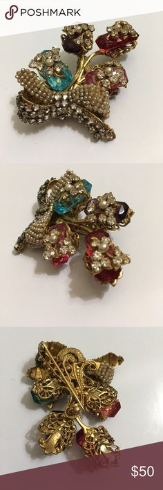 vintage miriam haskell brooch signed-beautiful piece at a great price! 😊 Jewelry Brooches