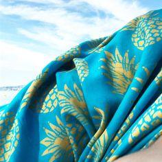 Another #🍍 in the #badi - Linda Hering sarong ANANAS 💙 #sarongananas. . . #madewithloveinbaliღ #handmade #sarong #ananas #bali #beachthrow #accessories #musthaves #girlfriend #hippiechic #fashionista  #bohostyle #bohemianstyle #boholuxe #boho #artisinal #freespirit #indonesia #beachfashion #resortfashion #sarongananas #beachlife #zürisee #pineapple #pattern #zurich Hippie Chic, Bohemian Style, Hand Gestempelt, Pineapple Pattern, Batik, Zurich, Boho Fashion, Instagram Posts, Handmade