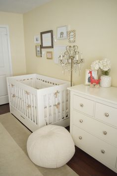 Modern, neutral & gold nursery. Image Via: Project Nursery