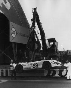 Le Mans, Course Automobile, Courses, Race Cars, Porsche, Legends, Action, Racing, France