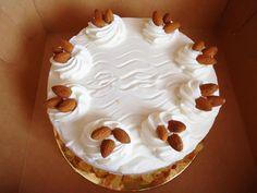 Mamy dobre serce i słodkie torty rozdajemy w konkursach :) http://e-torty.pl/blog/2014/10/07/migdalowy-dla-chlopaka/
