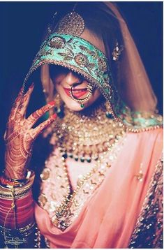 When you spent your allotted budget on your bridal jewelry, it didn't mean that you had to put it away after the wedding. Wearing your bridal jewelry over. Indian Wedding Photography Poses, Indian Wedding Photos, Bride Photography, Punjabi Bride, Pakistani Bridal, Indian Bridal, Bollywood, Bridal Outfits, Bridal Dresses