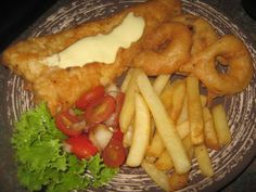 Posts about Fish-seafood/vis-seekos written by kreatiewekosidees and Fish And Meat, Fish And Chips, Fish And Seafood, Hake Recipes, Fish Recipes, Cooking Recipes, Recipies, South African Recipes, Seafood Dinner