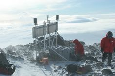 Continuous_GPS_station_in_Antarctica.jpg (3504×2336)