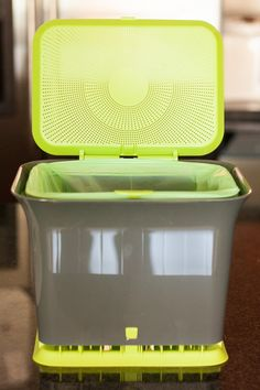 4 methods for composting in your apartment kitchen