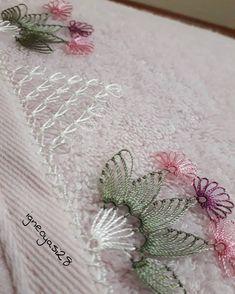 Görüntünün olası içeriği: bitki Needle Lace, Lace Design, Tatting, Elsa, Diy And Crafts, Embroidery, Instagram, Needlepoint, Stud Earrings