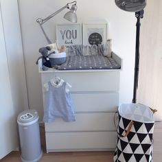 Ikea MALM, ca. 69 € // Anton zeigt uns sein Kinderzimmer | mytwodots