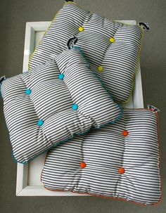 seat cushions: ticking on reverse side | Flickr – Compartilhamento de fotos!