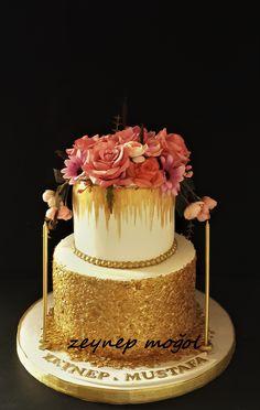 Güllü nişan yada düğün pastası
