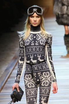 Dolce & Gabbana Autumn/Winter 2010 Womenswear, Milan Fashion Week. Model: Elsa Sylvan