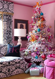 Christmas Tree Ideas: How to Decorate a Christmas Tree --- Pink and blue Christmas tree decorations