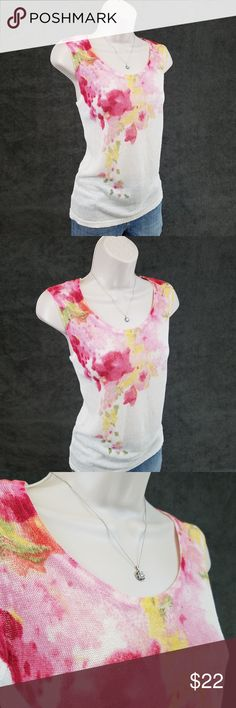 Jones NY sleeveless floral linen top Sleeveless crew neck linen knit top featuring a watercolor floral of pink and yellow against a white background.  Bust 16.5 / length 24.5 inches. 79% linen, 21% nylon. Jones New York Tops