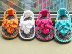 Crochet Pattern Crochet Baby Sandals por CrochetBabyBoutique