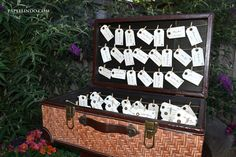 Awesome suitcase escort card display! i want this for my wedding! Custom Printed Vintage Escort Cards / Place Cards with Meal Section via Etsy
