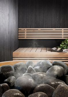 People have been enjoying the benefits of saunas for centuries. Spending just a short while relaxing in a sauna can help you destress, invigorate your skin Sauna House, Sauna Room, Steam Bath, Steam Room, Scandinavian Saunas, Spa Sauna, Indoor Sauna, Sauna Design, Design Design