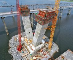 Arthur Ravenel Jr. Bridge - ACS self-climbing system and VARIO GT 24 girder wall formwork